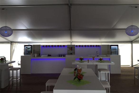 lux-barombouw-met-ledverlichting-biertap-en-werkbuffet