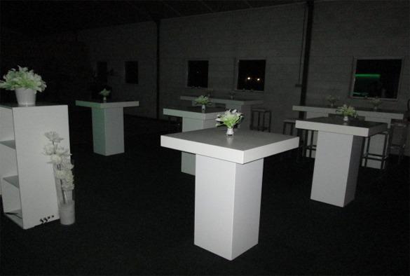 Statafel lounge vierkant wit 5