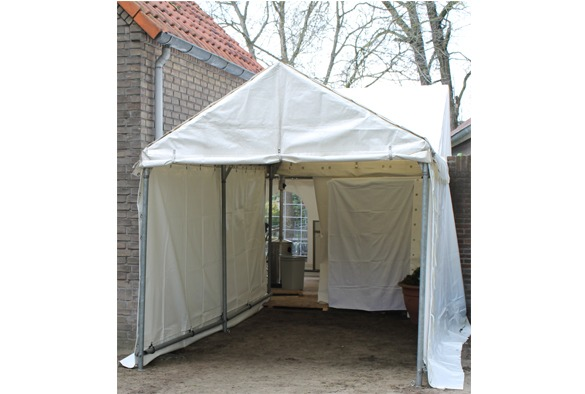 Entree tent 2