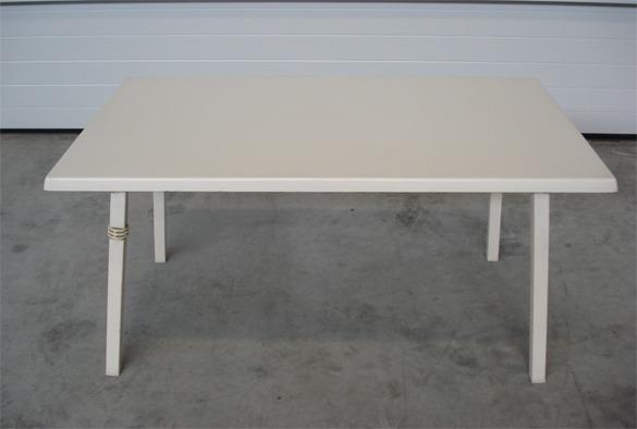 Rechthoekige tafel 120 x 70 cm.