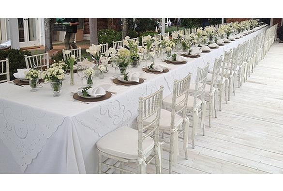 Wedding chair trouwstoel wit met hoge rug